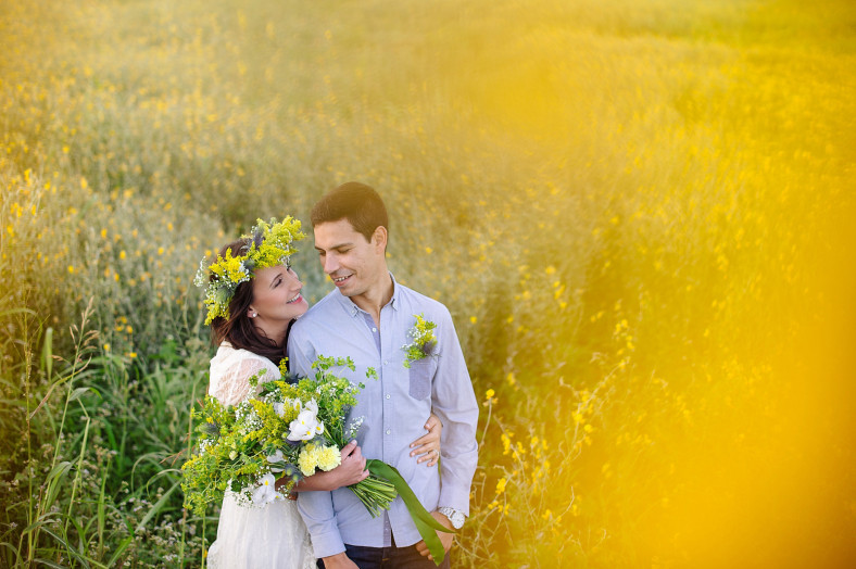 Engagment shoot with yellow flower crown