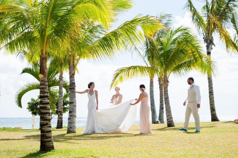 bride and bridesmaids in Mauritius