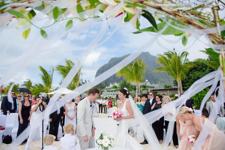 Mauritius windy wedding