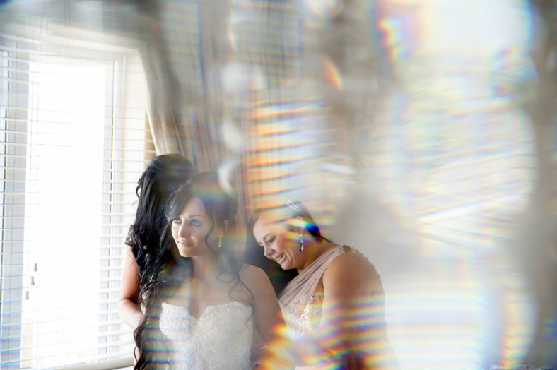 The Oyster Box Hotel Documentary Portuguese Wedding Photography Bride