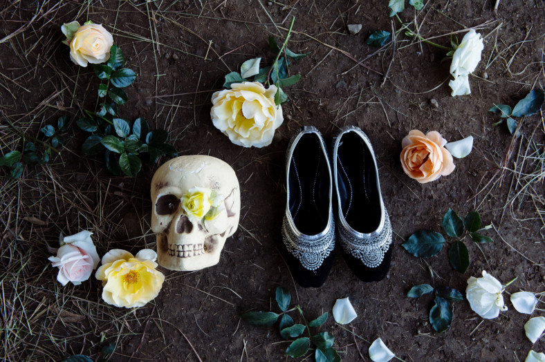 wedding shoes with skull