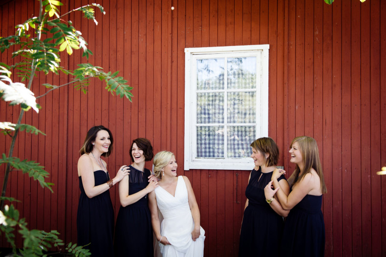 Swedish bride and bridesmaids