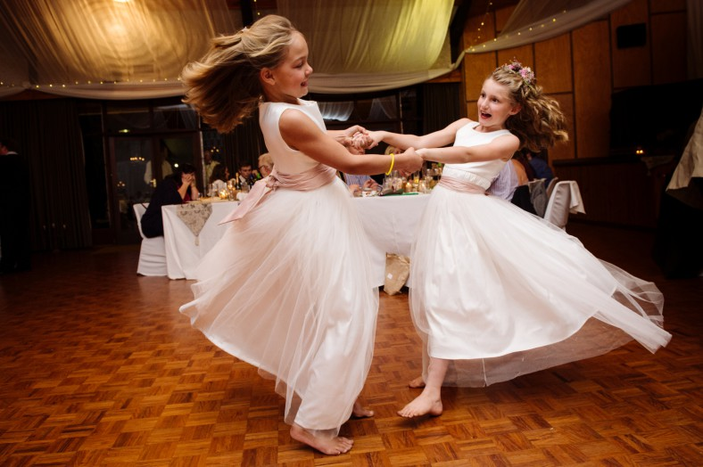 flower girls spinning