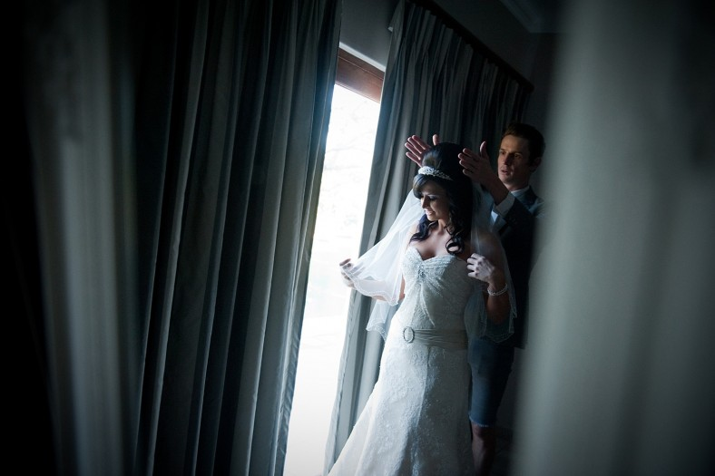 Jacki-Bruniquel-Why-Your-Wedding-Album-Takes-So-Long-01
