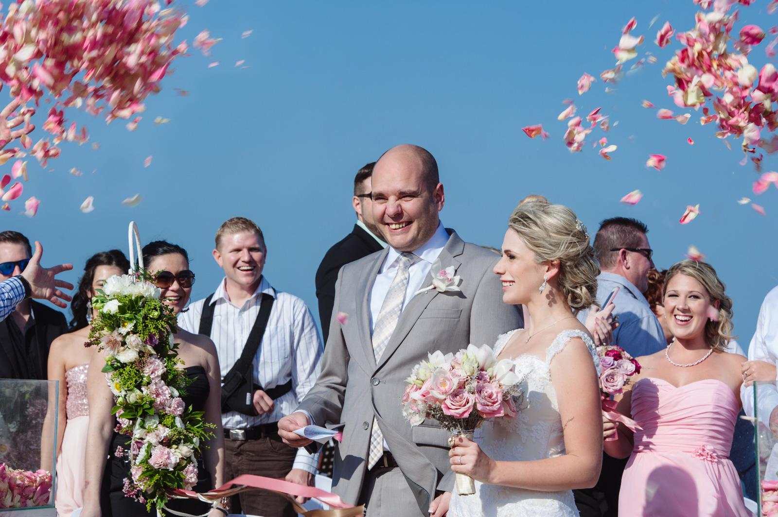 beach wedding confetti