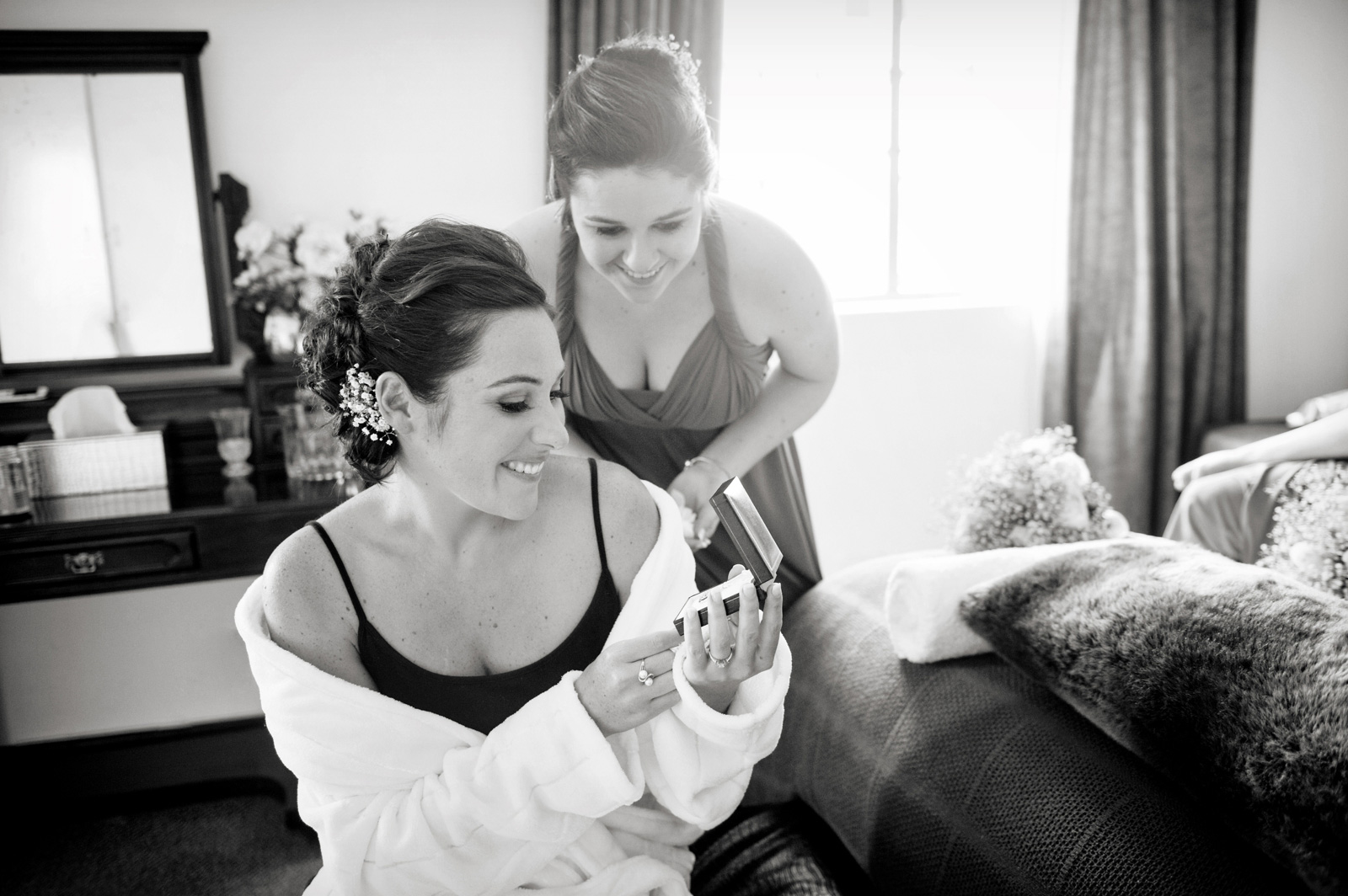 girls getting ready for a wedding