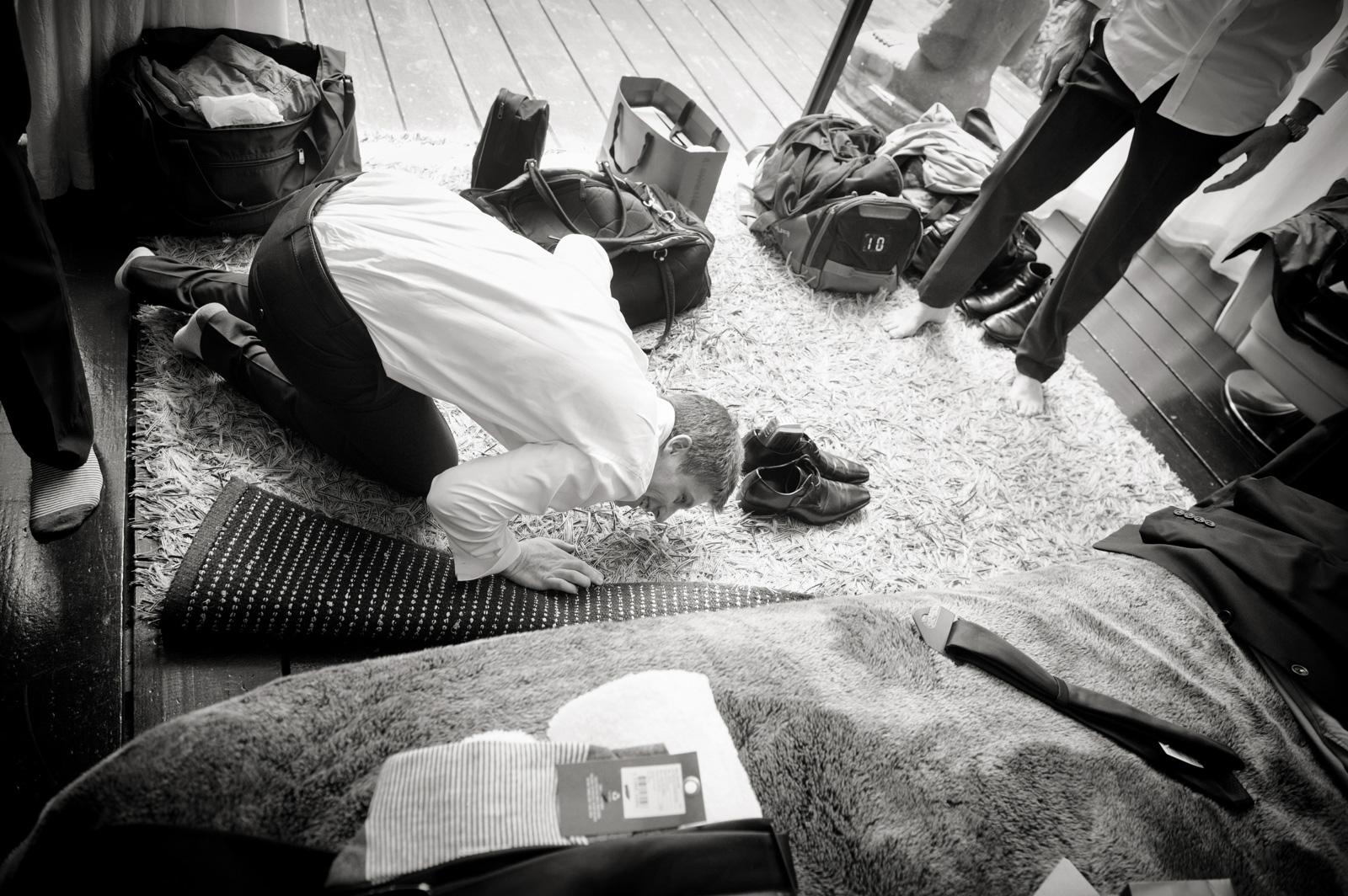 groom on floor