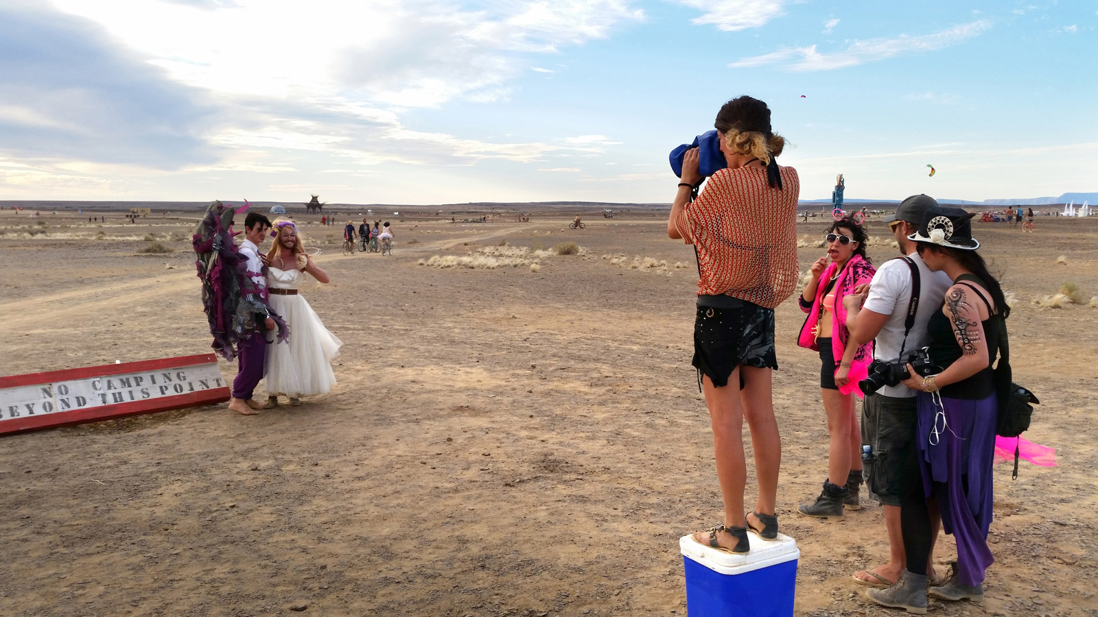 Photographer with Outex in the desert
