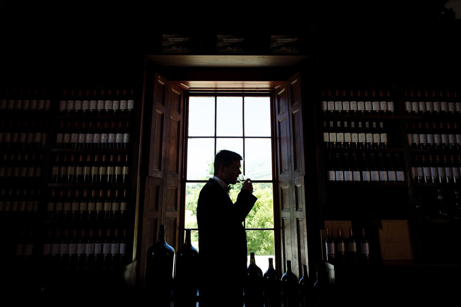 Groom in winelands