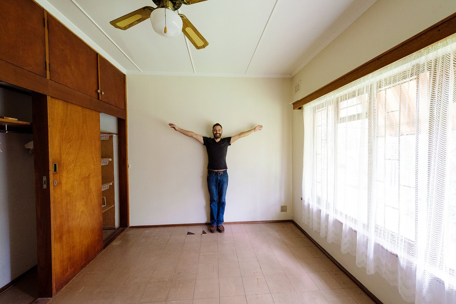 mouse-house-demolition-home-renovation-007-7078
